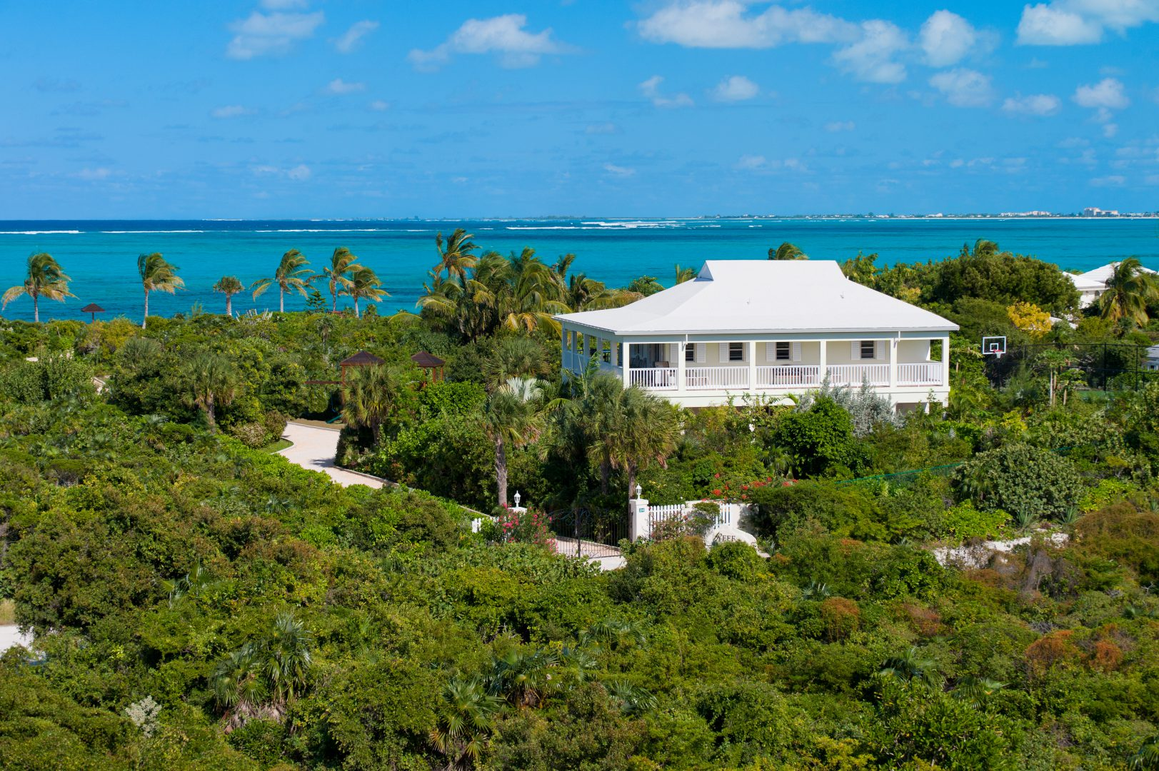 Reef Pearl Villa in Providenciales Turks and Caicos